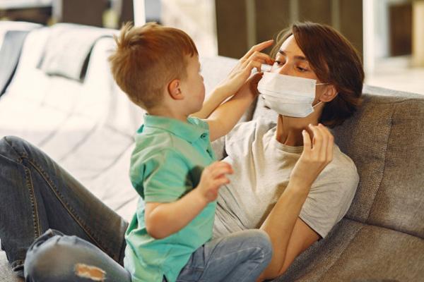 کودکان در چه سنی نباید ماسک بزنند؟